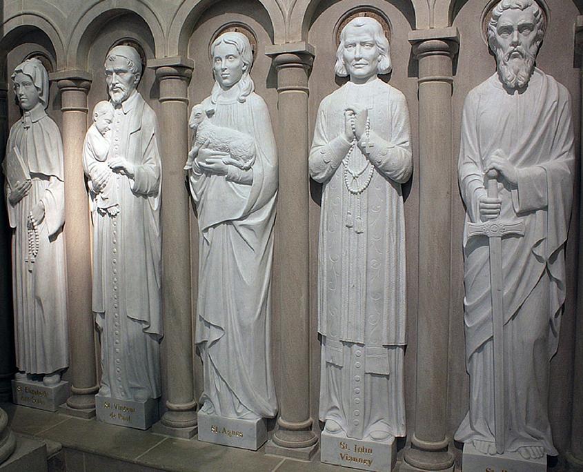 L 39 arte sacra di d 39 aurizio arredo liturgico e ricerca for Arredo urbano in inglese